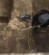 Dokumentation der Grabungsvorbereitung im Ostchor. © Gerhard Fleischer