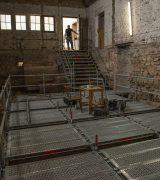 Auch in den Seitenschiffen gibt es nun Stege und Plattformen aus Stahl.  © Gerhard Fleischer